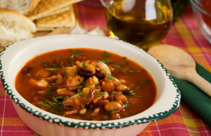 Barley and vegetable bean soup