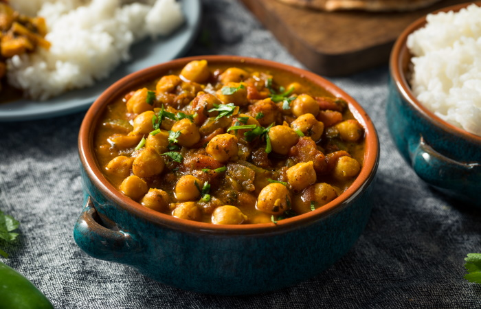 Indian vegetarian chickpea curry