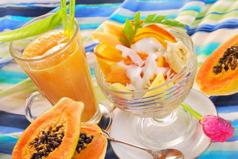 Tropical fruit yogurt parfait