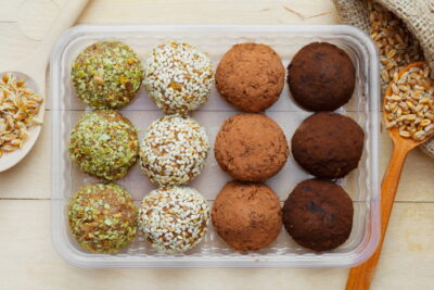 Almond coconut balls