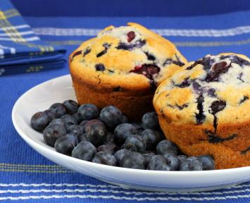 Oat bran blueberry muffins