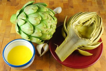 Artichokes with Lemon Butter Sauce