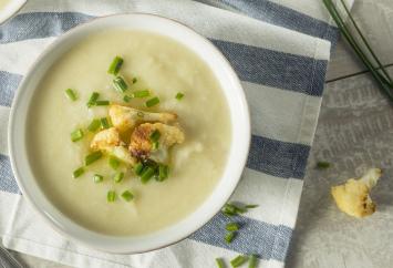 Crockpot Cauliflower Soup