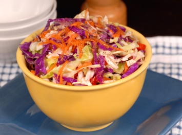 Crunchy Asian cole slaw