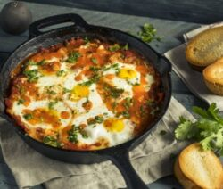 Italian eggs and tomatoes