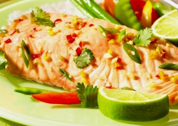 Healthy Salmon Recipe with Chili and Ginger