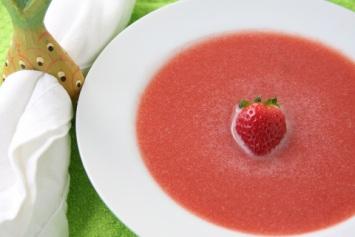 Healthy Strawberry Watermelon Soup Recipe