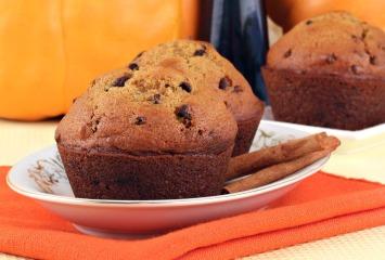 Low Sugar Pumpkin Muffins