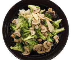 Stir fry broccoli and mushrooms