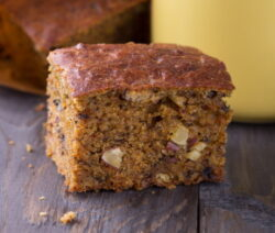 sugar free carrot and date cake recipe